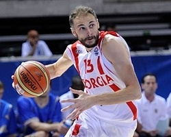 Montepaschi signs Sanikidze to multi-year deal