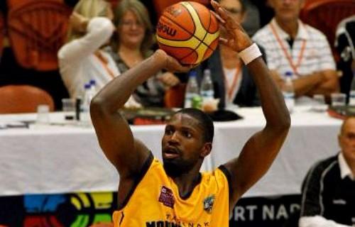 Suleiman Braimoh joins IMS Hawks