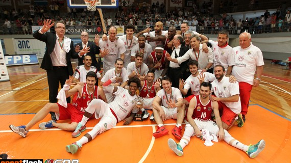 Benfica repeats as Portugal LPB champs