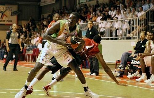 Ousmane Barro stays with Targu Mures