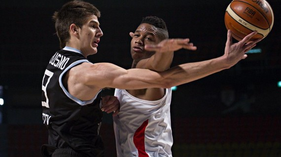 2015 FIBA Americas: Argentina extends winning run