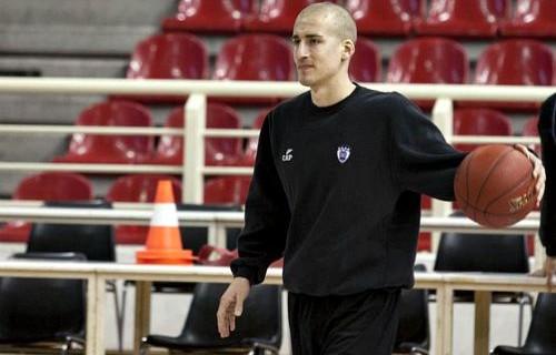 Edi Sinadinovic signs with MZT Skopje