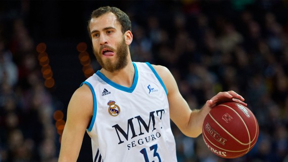 Sergio Rodriguez signs for the 76ers
