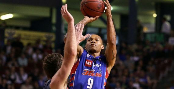 Jerome Randle signs with Limoges
