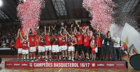 Benfica claims Portuguese championship