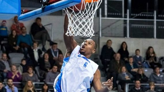 Junior MBida to play for Orleans