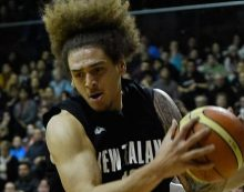 Issac Fotu deals with Ratiopharm Ulm