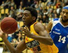 Jyles Smith inks with Boras Basket