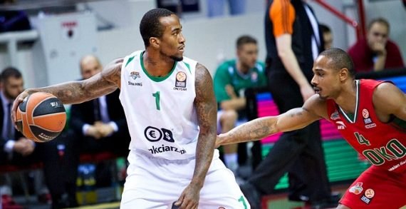 Dee Bost lands with SIG Strasbourg
