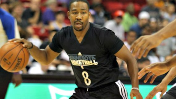 Keydren Clark to play for Orleans