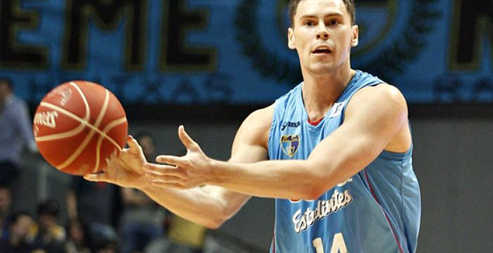Kyle Kuric added by Barcelona