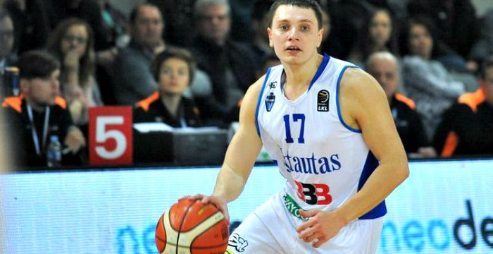 Denys Lukashov reunites with Enisey