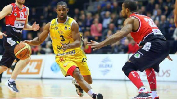 Derek Needham signed by Rytas