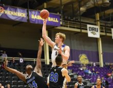 Brandon Gilbeck goes pro with Horsens IC
