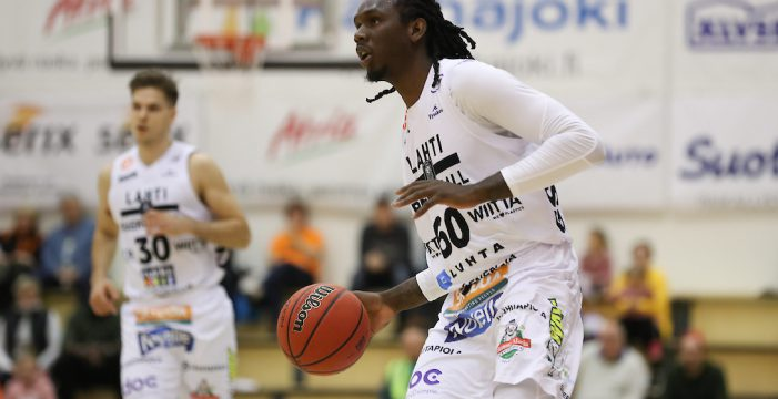 Jerry Evans signs with Qatar Club
