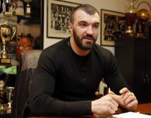 Nikola Pekovic fighting for his life