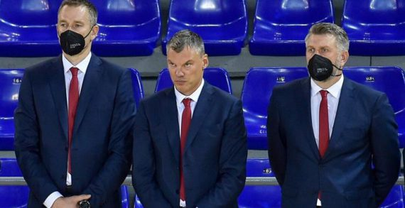 Barca head coach Jasikevicius tests positive for COVID-19