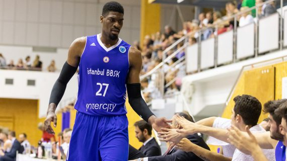 Shevon Thompson signs in Spain instead of Germany
