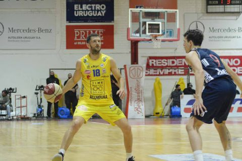 Uruguay resumes basketball season