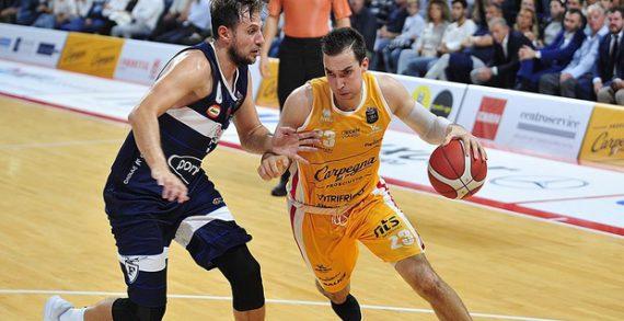 Zach Thomas inks with Budivelnyk Kyiv