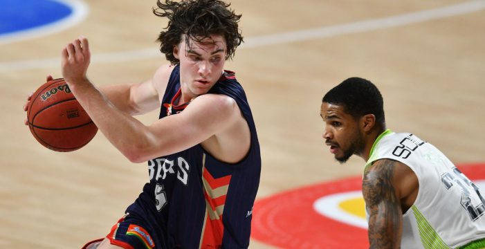 Adelaide 76ers win after double OT in front of a near-capacity crowd