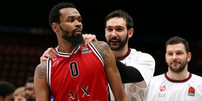 Kevin Punter's EuroLeague career night leads Armani Milano past Olympiacos