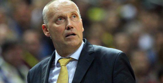 Khimki fires coach Kurtinaitis