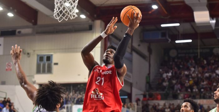 Shevon Thompson to Bamberg