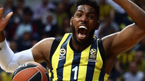 Jason Thompson signs in China