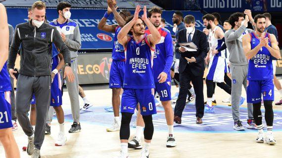 Anadolu Efes crushes CSKA Moscow to extend EuroLeague winning streak to six games