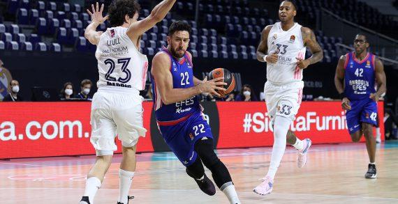Sergio Llull, Real Madrid stun Anadolu Efes to force Game 4 in EuroLeague playoffs