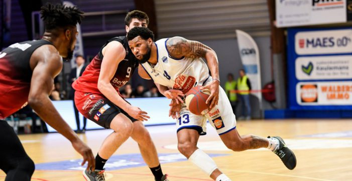 Marvin Clark tabbed by Chalons-Reims.