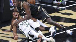Giannis Antetokounmpo hurt in Bucks' Game 4 loss