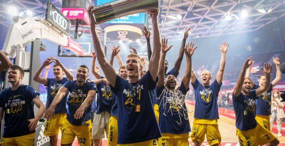 Alba Berlin defends German title
