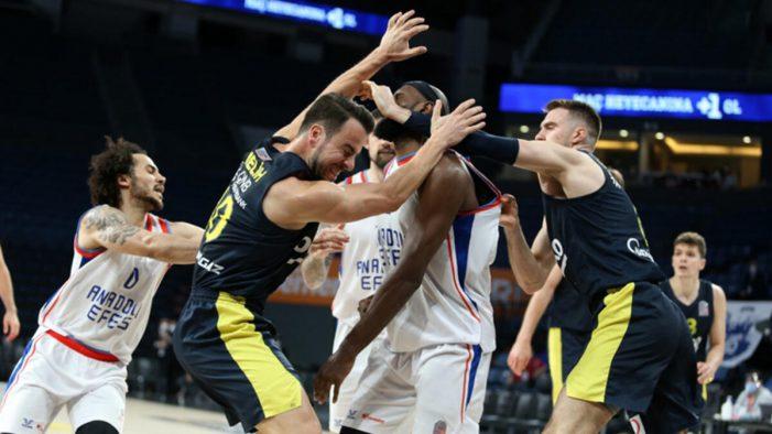 Efes Pilsen demolishes Fenerbahçe in game two of the Turkish final series