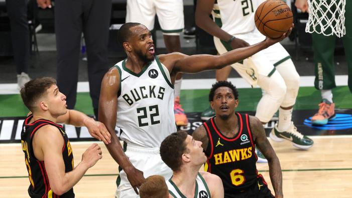 Milwaukee Bucks win game 5 against Atlanta Hawks
