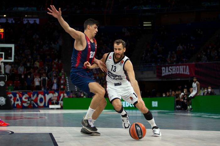 Four of the five Euroleague games won by visiting teams